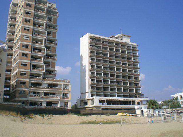 Abandoned hotels in Varosha – By Vikimach – CC BY-SA 3.0