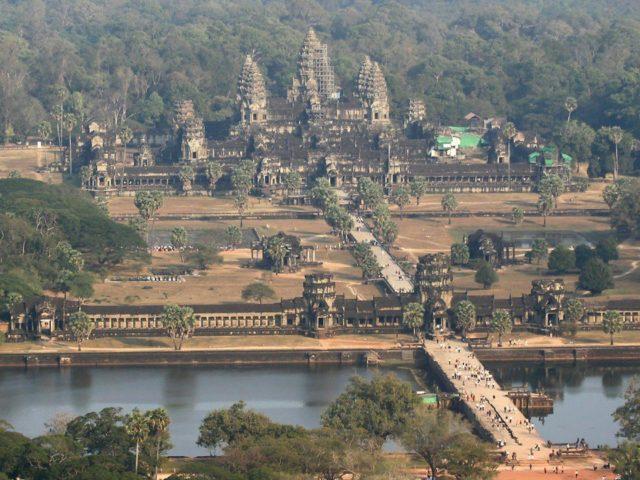 Aerial view of Angkor Wat. Author:Primsanji CC BY-SA 3.0
