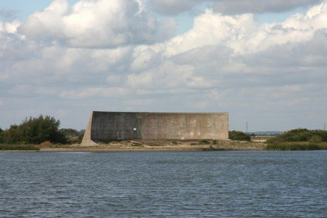 Acoustic mirror in Kent, England. Author:Mark Duncan CC BY-SA 2.0