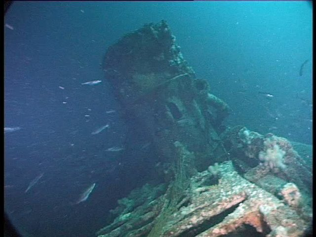 Intact conning tower comes into view. This is simply unique.. No other U-boat wreck I have seen still has an intact bridge (Innes McCartney)