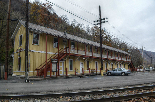 The Depot, Thurmond, West Virginia. Author: Mike TewkesburyCC BY-ND 2.0