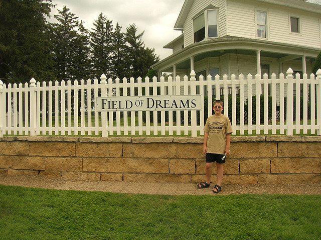 The Field of Dreams estate. Author:Justin BrockieCC BY 2.0