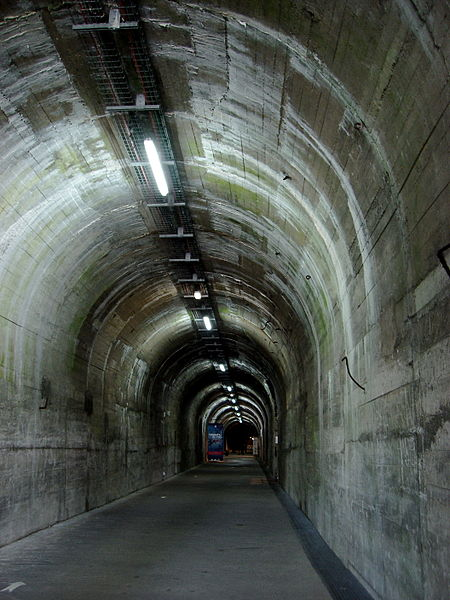 Inside the 'Ida' railway tunnel, La Coupole. Author:Between a RockCC BY 2.0