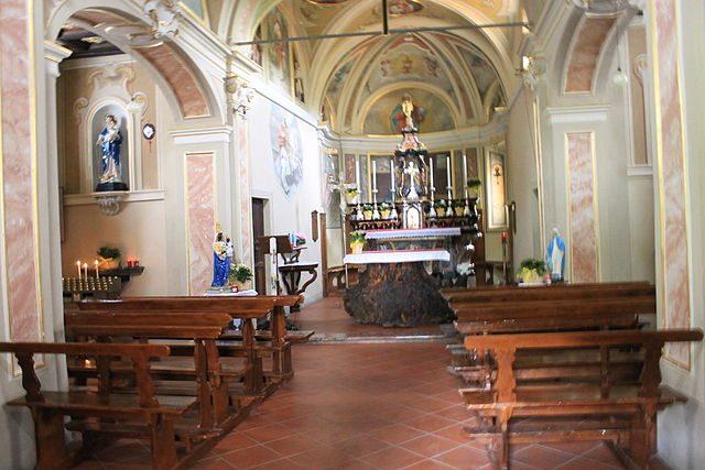 The church in Consanno. Author:Marco SbroggiòCC BY-SA 4.0