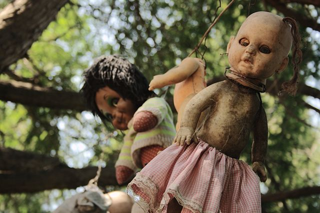 Some of the dolls from Santana's chinampa.Author:Esparta PalmaCC BY 2.0