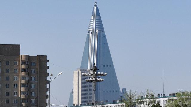 Ryugyong Hotel, Pyongyang, North Korea. Author: Comrade Anatolii CC-BY 2.0