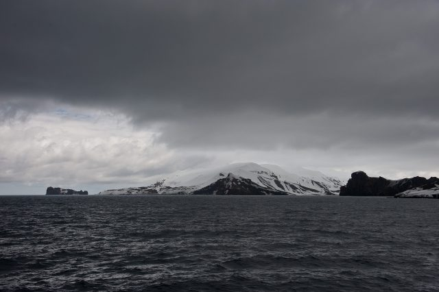 Deception Island. Author:oliver.doddCC BY 2.0