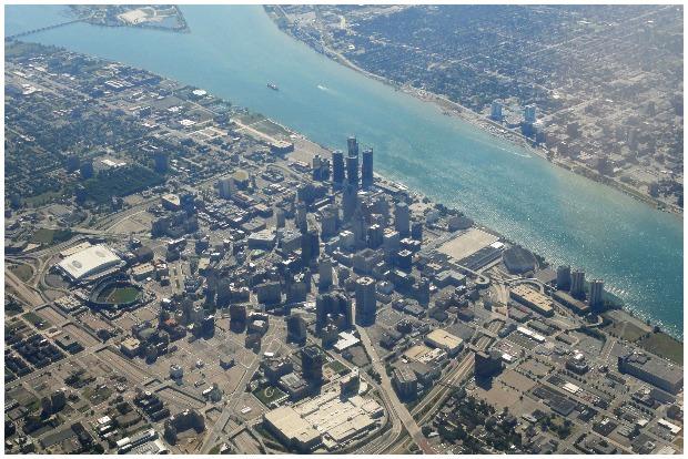 View of Downtown Detroit, Michigan, USA. Barbara Eckstein CC BY 2.0