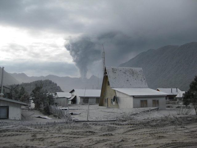 Following the eruption of the Chaitén volcano. Author:Javier Rubilar CC BY 2.0