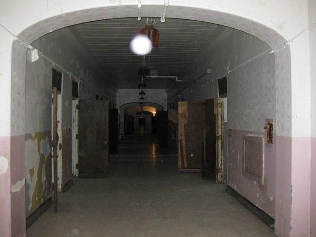 The Women's Ward Hallway.Author: Richie DiesterheftCC BY 2.0