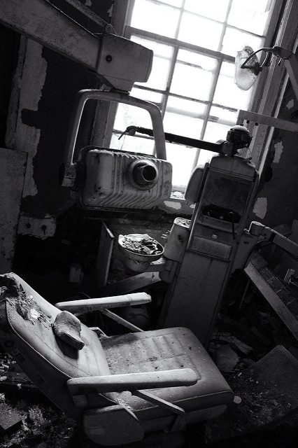 The abandoned dentist office.Author:Will FisherCC BY-SA 2.0