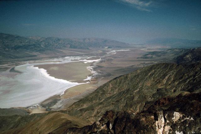 Dante's View, Devil Golf Course, salt shoreline