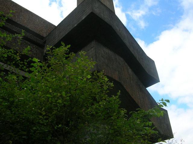 External stair.Author:Maccoinnich CC BY-SA 3.0