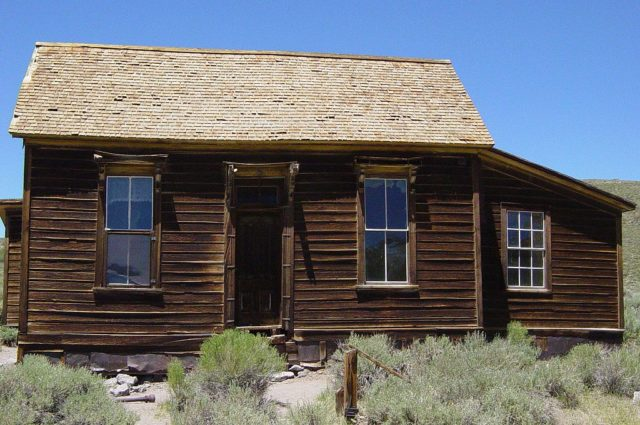 Highly preserved Kirkwood House in the ghost town of Bodie, California – By Daniel Mayer – CC BY-SA 3.0