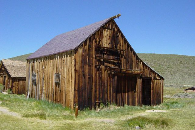 Kirkwood Stable – By Daniel Mayer – CC BY-SA 3.0