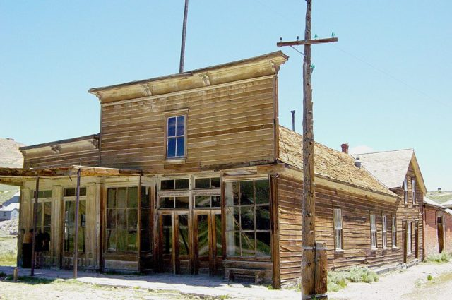 Wheaton and Hollis Hotel and Bodie Store in Bodie, California – By Daniel Mayer – CC BY-SA 3.0