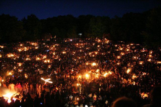 Walpurgis Night celebration at Heidelberg Thingstätte. Author: Andreas Fink CC BY-SA 2.0 DE
