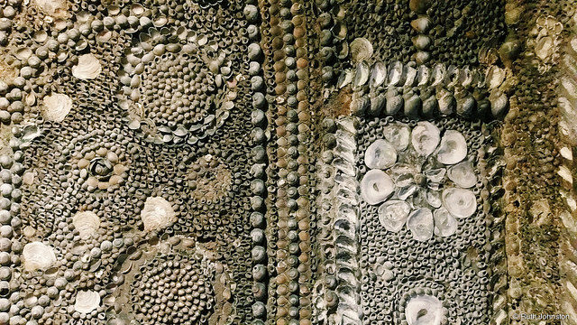 Shell Grottoes of this type were extremely popular in the Europe of the 1700s. Author: Ruth Johnston CC BY 2.0