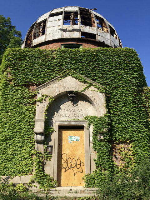 Main entrance of the Warner & Swasey Observatory. Author: Mark Souther CC BY-SA 2.0
