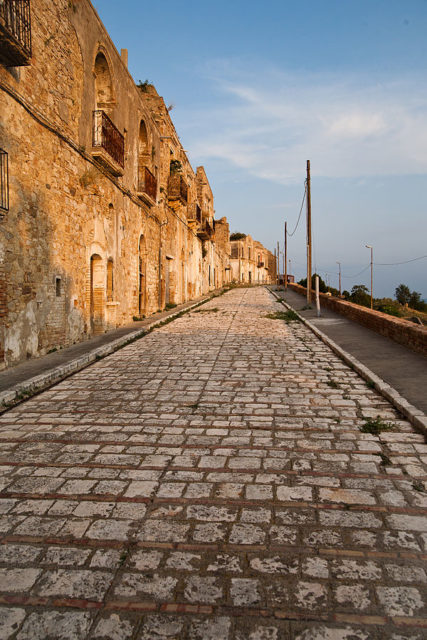 Street of Craco. Author:Andrea TomassiCC BY-SA 2.0