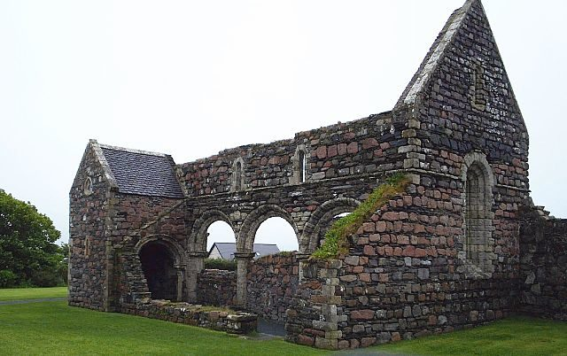 Ruins of the Iona Nunnery. Author: Otter CC BY-SA 3.0
