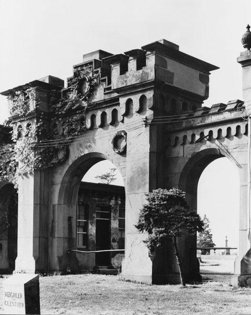 Mount Moriah Cemetery Gate at 6299 Kingsessing Ave. Philadelphia, designed by Stephen Decatur Button, built 1855
