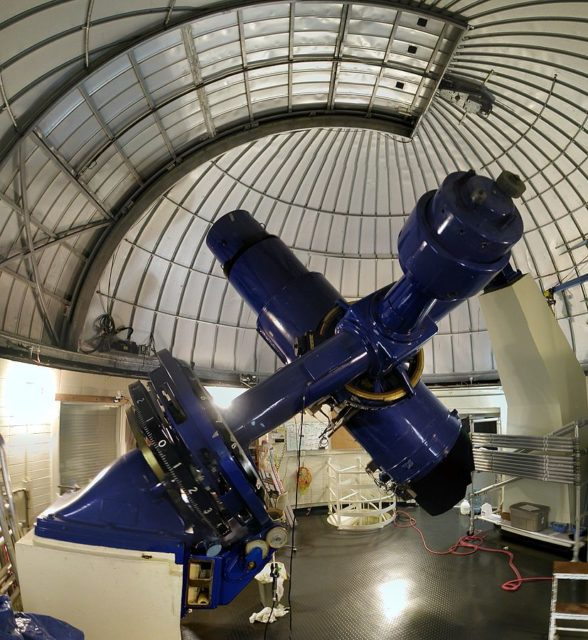 The Burrell Schmidt telescope at the Warner and Swasey Observatory at Kitt Peak National Observatory. Author: Tom.Reding CC BY-SA 3.0