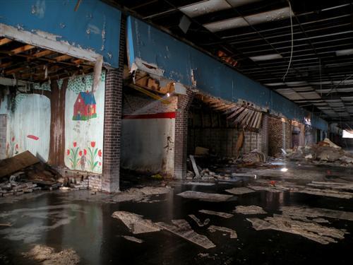 Block B of Dixie Square Mall. Author: jonrev CC BY-SA 3.0
