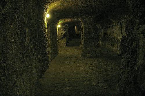 Dark but safe tunnels. Author: Elena Pleskevich CC BY-SA 2.0