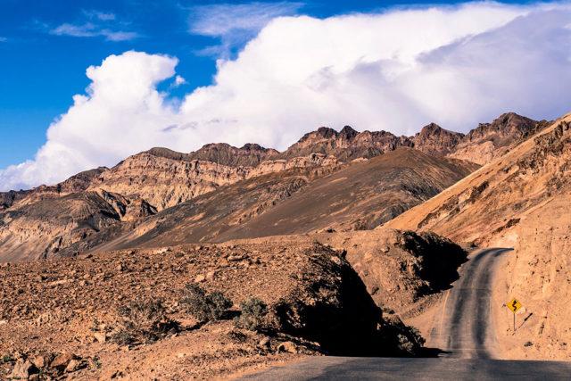 Death Valley. Author:specchio.neroCC BY-SA 2.0