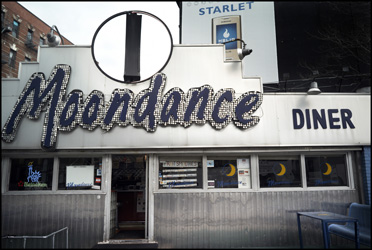 The Moondance Diner in May 2007. Author: Jean-Michel Clajot CC BY-SA 3.0