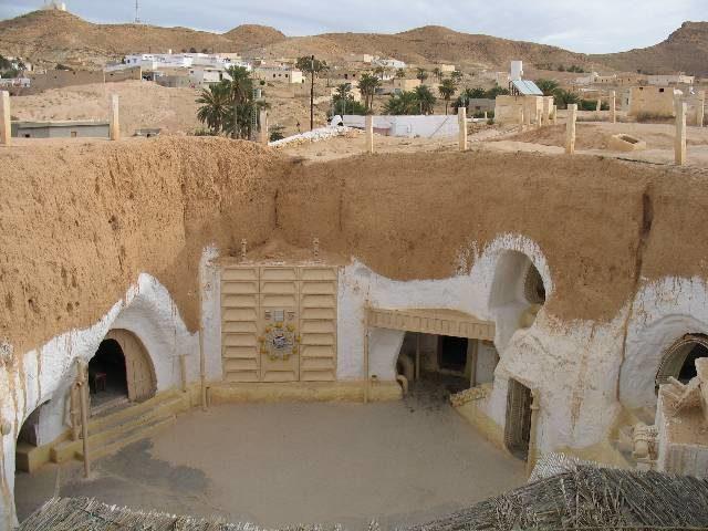 Hotel Sidi Driss, Matmata. Author: Acarvin CC BY-SA 2.5