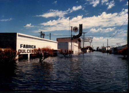 Villa Epecuén flooded, 1 January 1985.