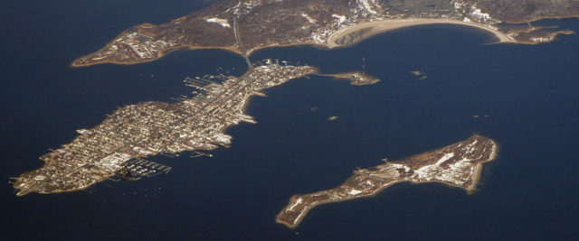 Panorama showing Hart Island (lower right) and City Island (left). Author: Doc Searls CC BY 2.0