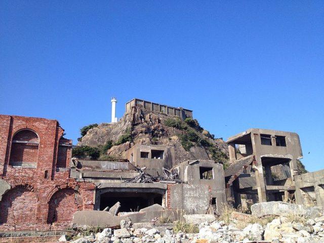 Ruins of Hashima. Author:VKaeruCC BY-SA 3.0