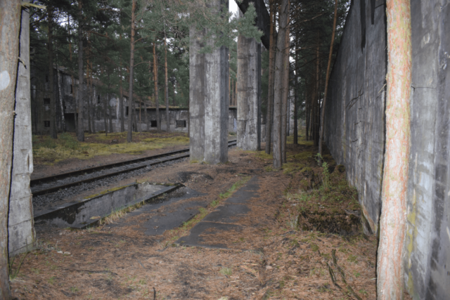 Railways and a loading ramp between heat stations.
