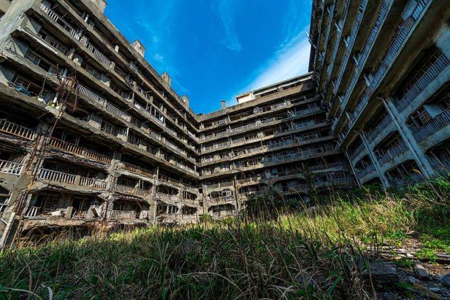 The Block 65 on Gunkanjima. Author:Jordy Meow CC0