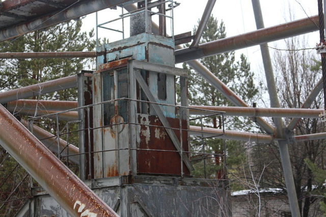 The elevator at the bottom of the Duga radar. Author:Alexander BlecherCC BY-SA 4.0