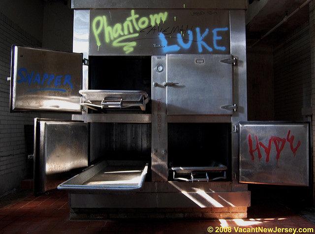 The mortuary refrigerators. Author: Justin Gurbisz CC BY-ND 2.0