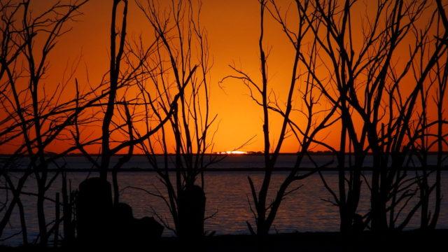 View during sunset – Mauricio V. Genta – CC BY-SA 3.0
