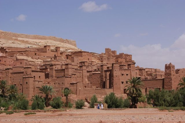 Ait-Ben-Haddou sometimes translated as Aït Benhaddou in English.Author:Annabel SymingtonCC BY 2.0