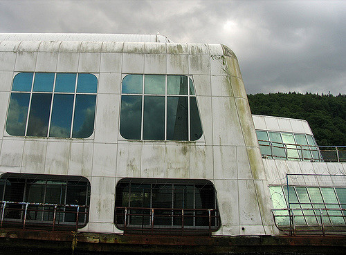 McBarge was left deserted just after several months working. Author: Ashley Fisher CC BY-SA 2.0