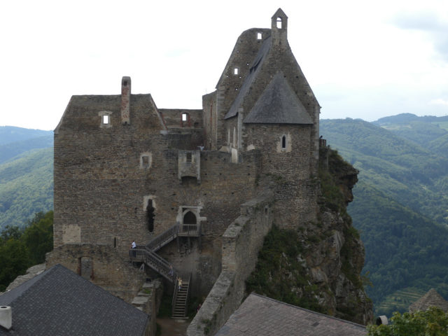 Burgruine Aggstein main chambers. Author:TauralbusCC BY 2.0
