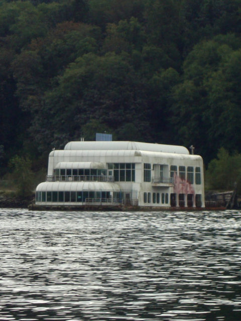 McBarge at Burrard Inlet. Author: Garry Zeweniuk CC BY-ND 2.0