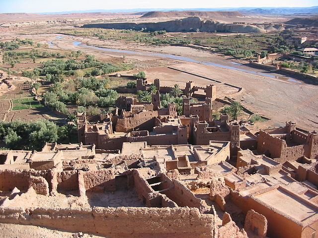 Aït Benhaddou from above. Part of the new village across the river can be seen top right.Author:Donar ReiskofferCC BY-SA 3.0