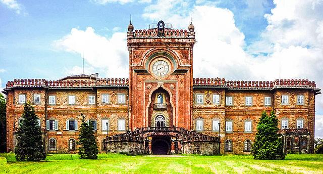Sammezzano Castle, Tuscany, Italy.Paebi,CC BY-SA 3.0