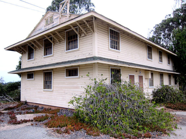 Fort Ord Station Veterinary Hospital, in 2014. Author: Chrismcelwain CC BY-SA 3.0
