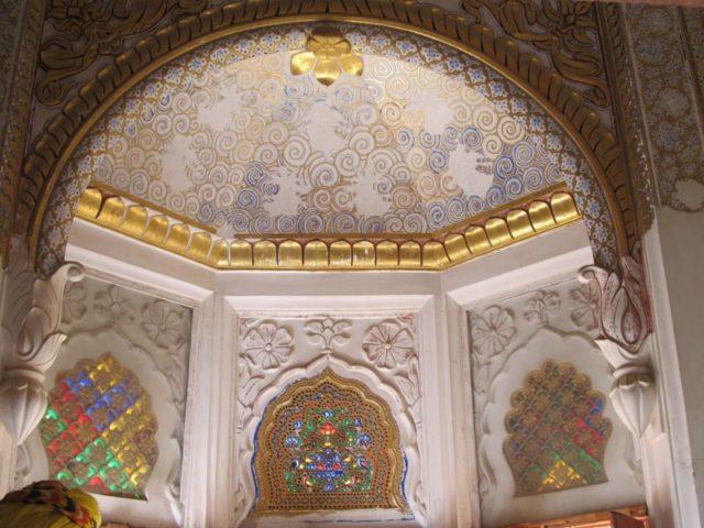 Sheesh Mahal or Mirror Palace at Mehrangarh fort. Photo Credit: Praxipat, CC BY-SA 4.0