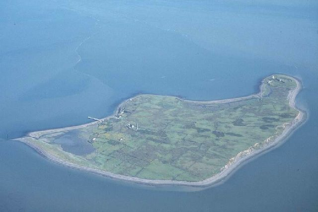 Scattery Island from the air. Author: Adrian Beney CC BY-SA 2.0
