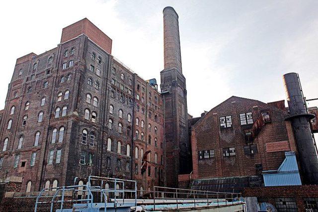 The original building that dates back to 1882. Author: Idamantium CC BY-SA 3.0